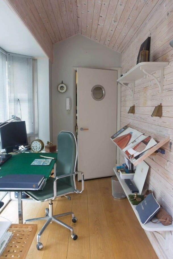 Original Home Office Interior Design in your Apartment. Creative room for a young creator