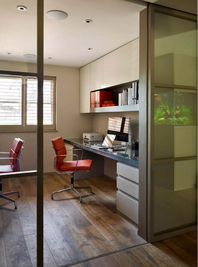 Hi-tech style for the nice home office design for two