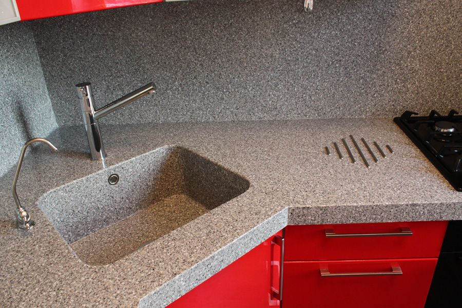 How to Choose a Kitchen Think to Fit the Interior? Artificial stone material