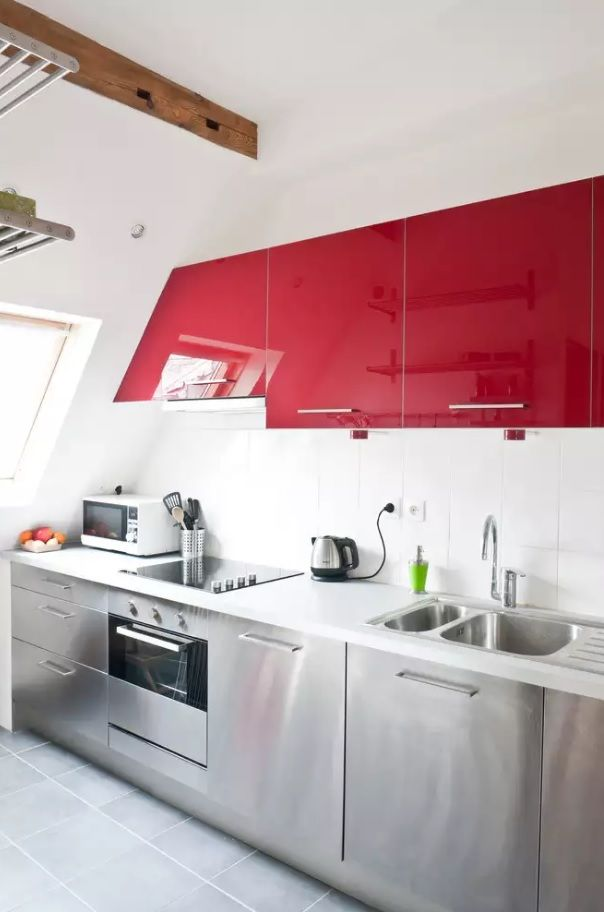 Glance kitchen sink for the hi-tech joyful red facades of the furniture set