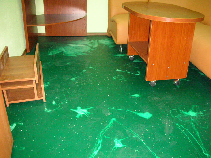 Types of Self-leveling Floors for your House, Office or Apartment. Home office spectacular green blotched floor
