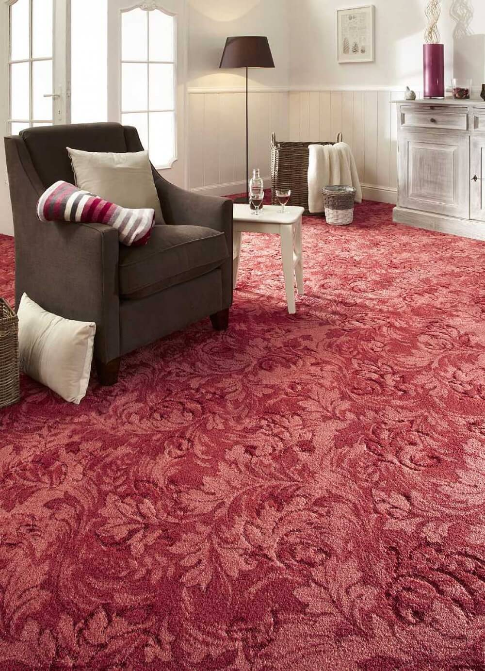 Carpeting Description, Types, Properties and Choosing Advice. Red fluffy material is the zest of the interior