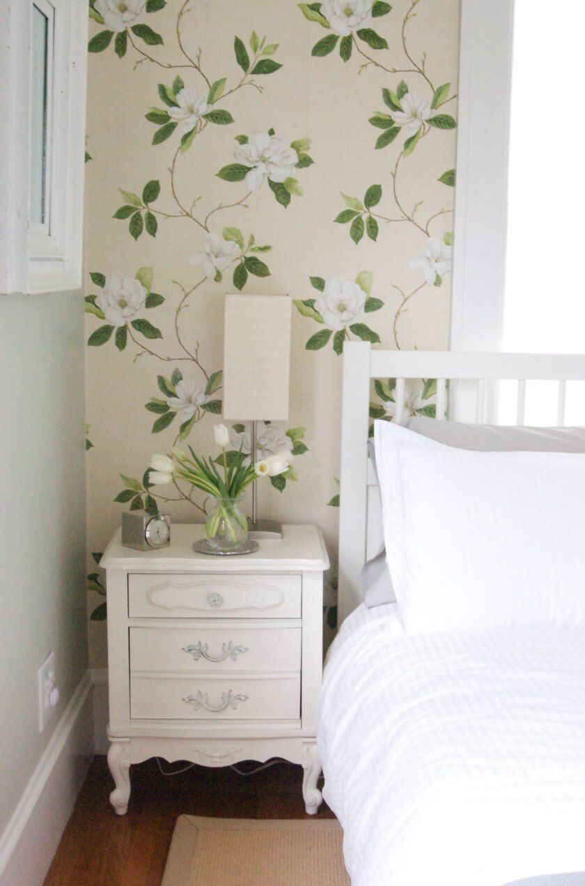 Calming natural wallpaper pattern for the bedroom interior