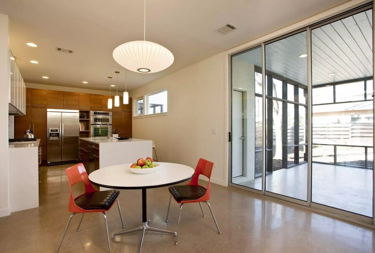 Kitchen Pendant Lighting Possible Design Types with Photos. White matted plate of the chandelier and small lights