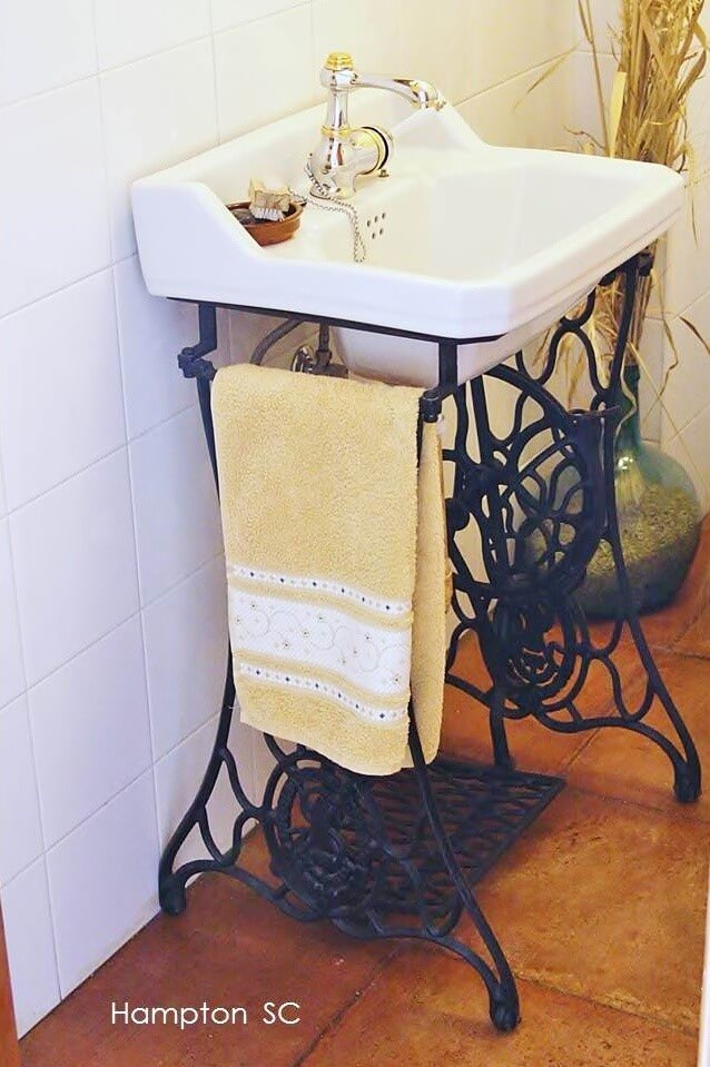 Old Sewing Machines' New Life in Your Interior. Another bathroom example of utilization