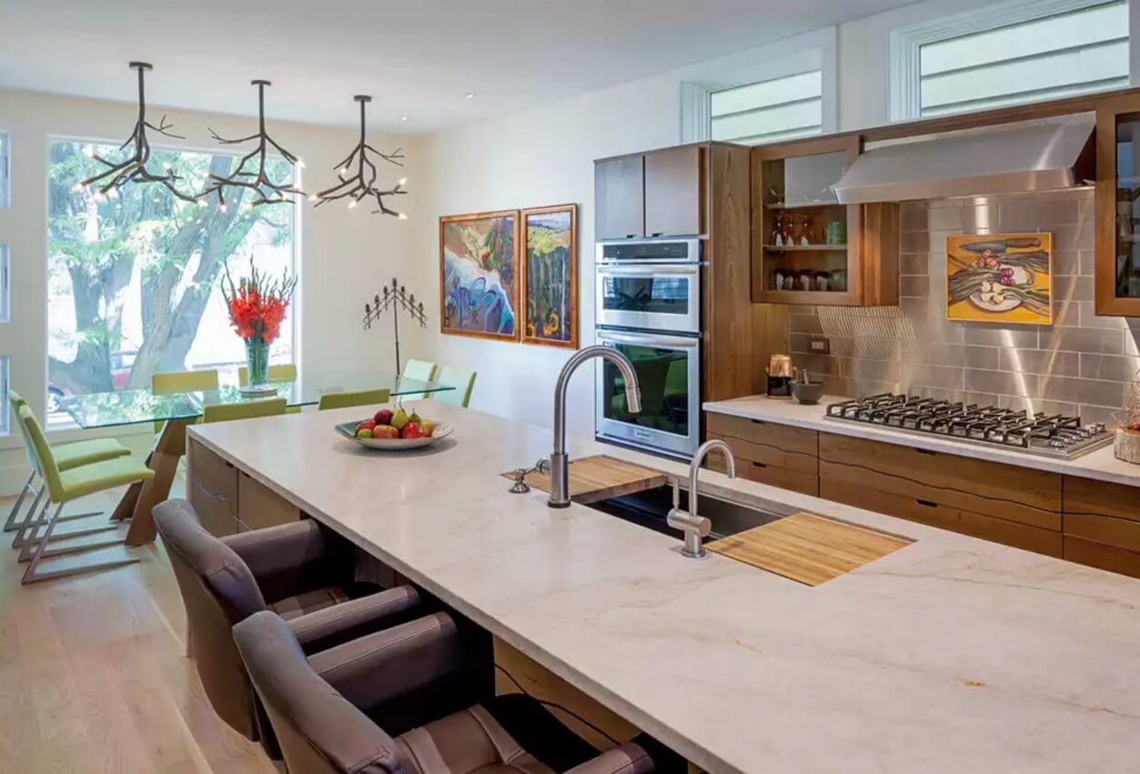 Metal Backsplash as Stylish Design Idea for Kitchen Interior. Large space can contain plenty of materials and design solutions