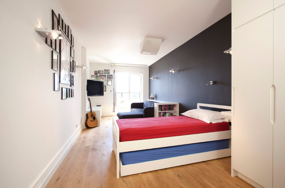 Minimalsitic design for creative person's bedroom with accent wall