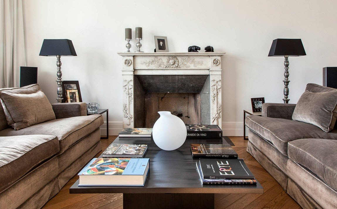 Living Room Furniture and Fireplace Ideas 2017. Practical Fashion. Classic interior design and the hearth with the mantelshelf as main zest in the room