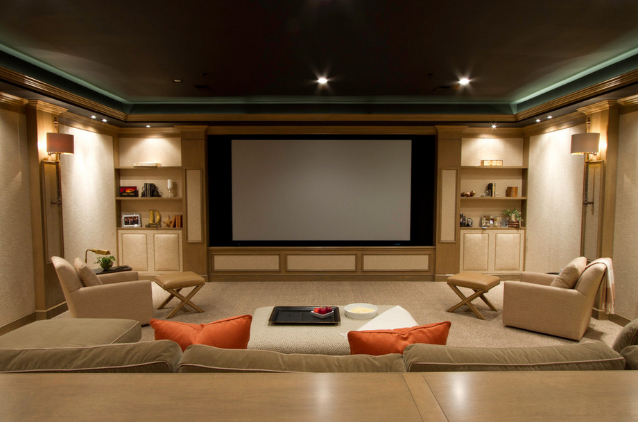 Home Theater as Addition to Large Modern Interior. Oriental style for the spacious home cinema
