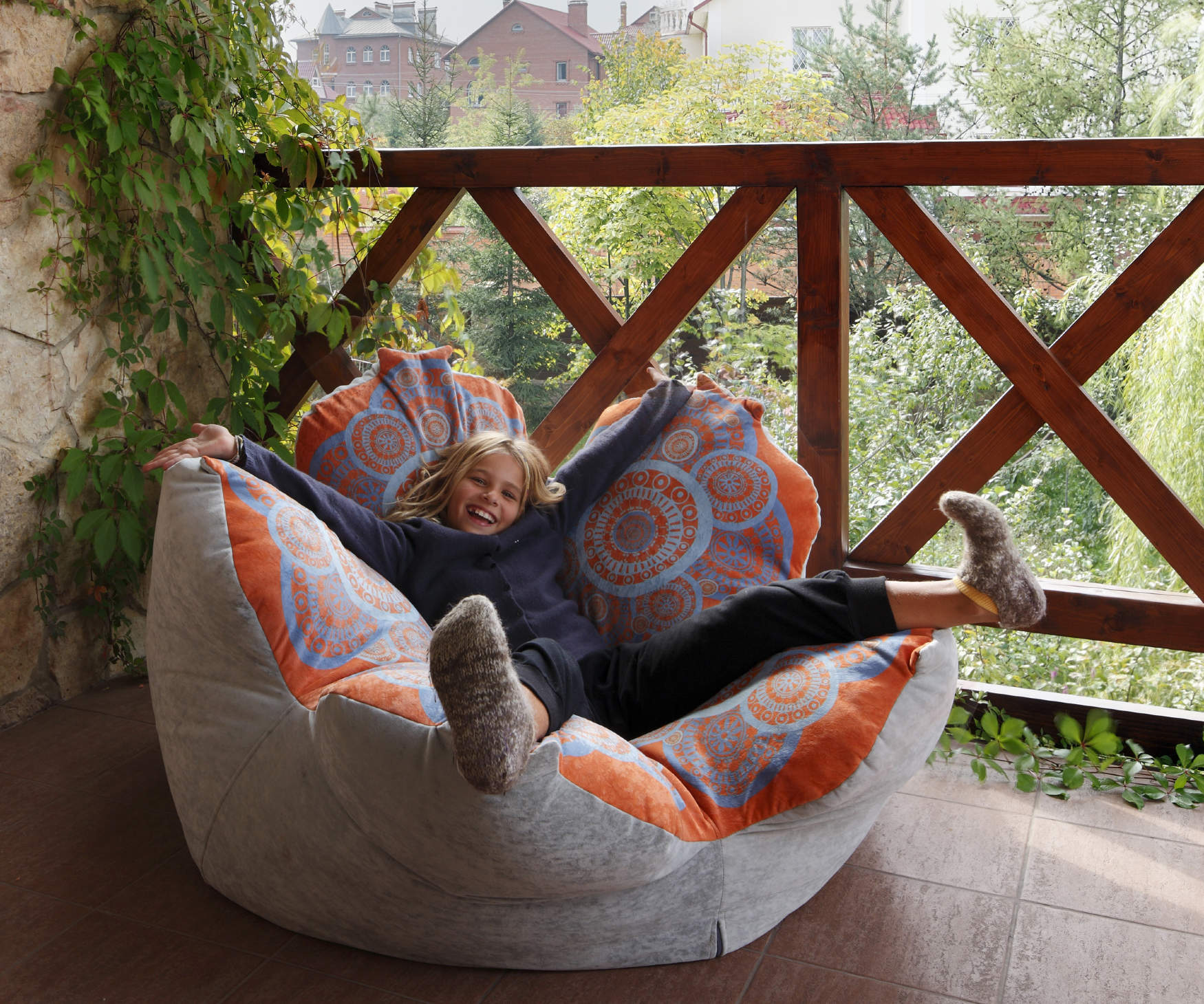 Bean bag chair. Fresh Modern Interior Design Idea for any Room. relaxing Rustic atmosphere translated through natural materials. Flower formed chair for the little rascals