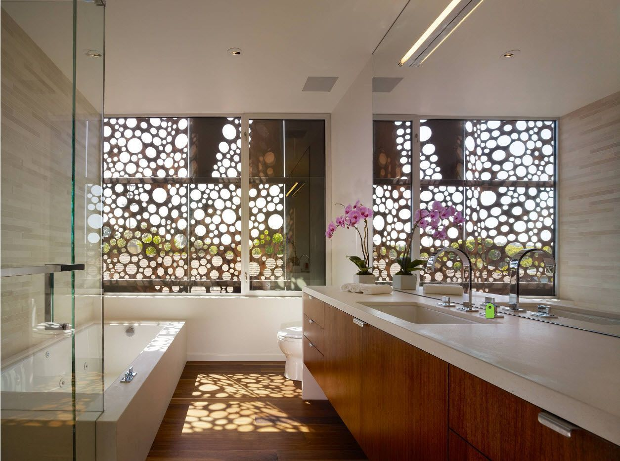 Nice looking innovative blinds for modern bathroom in cottage