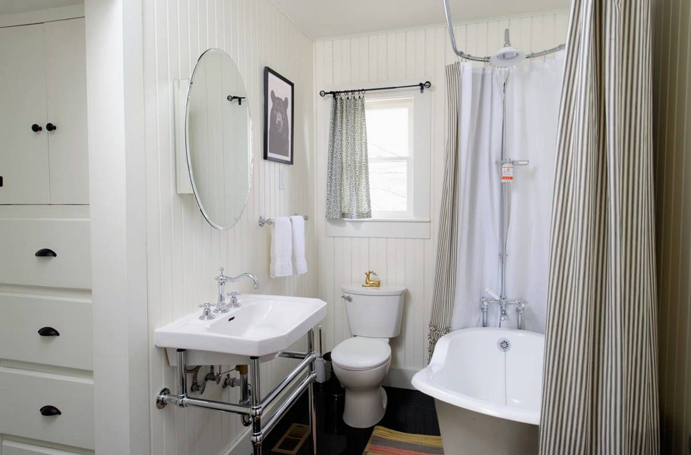 Functional vintage design of the small bathroom