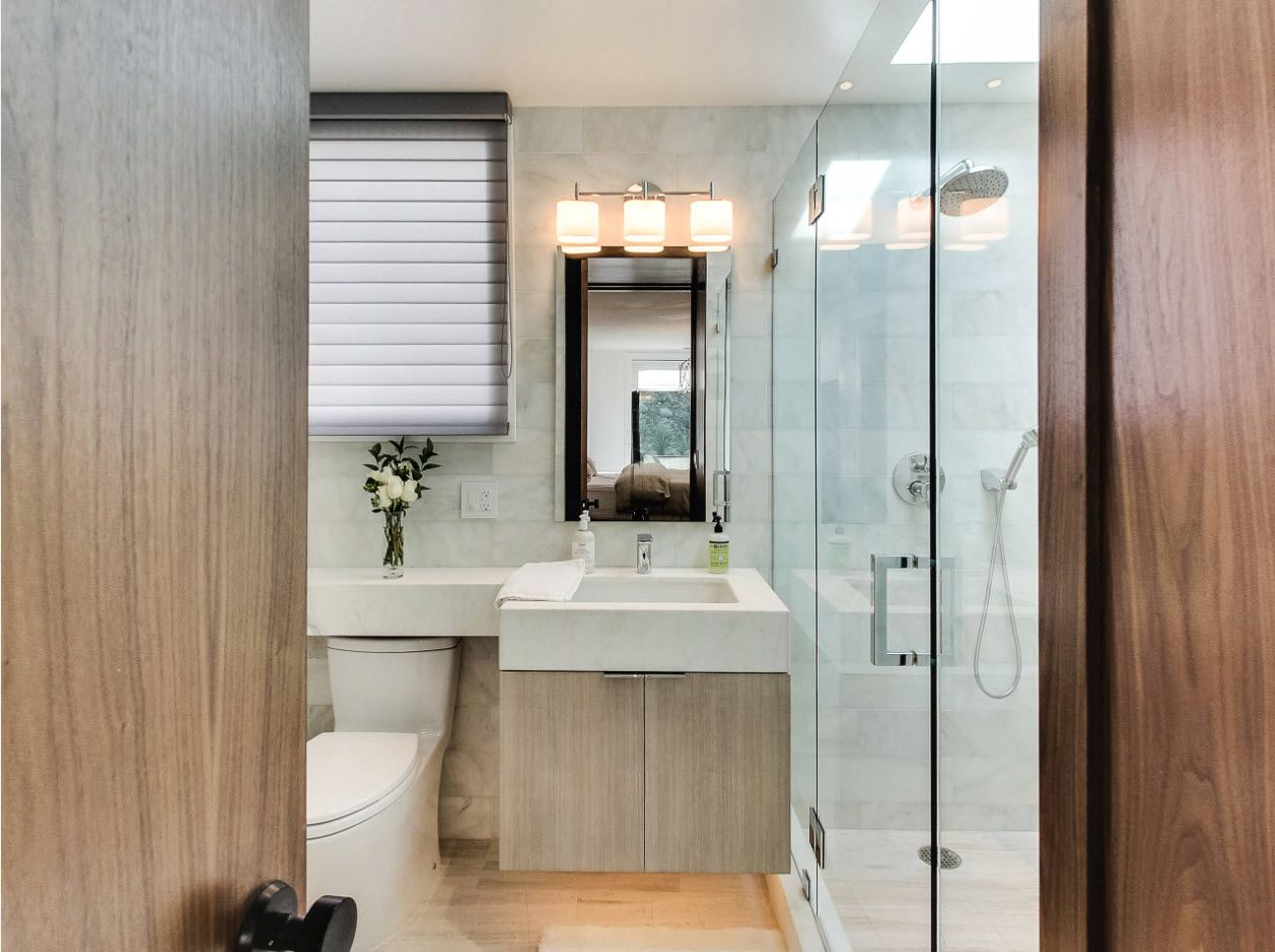 Accord of the modern technologies for small modern bathroom