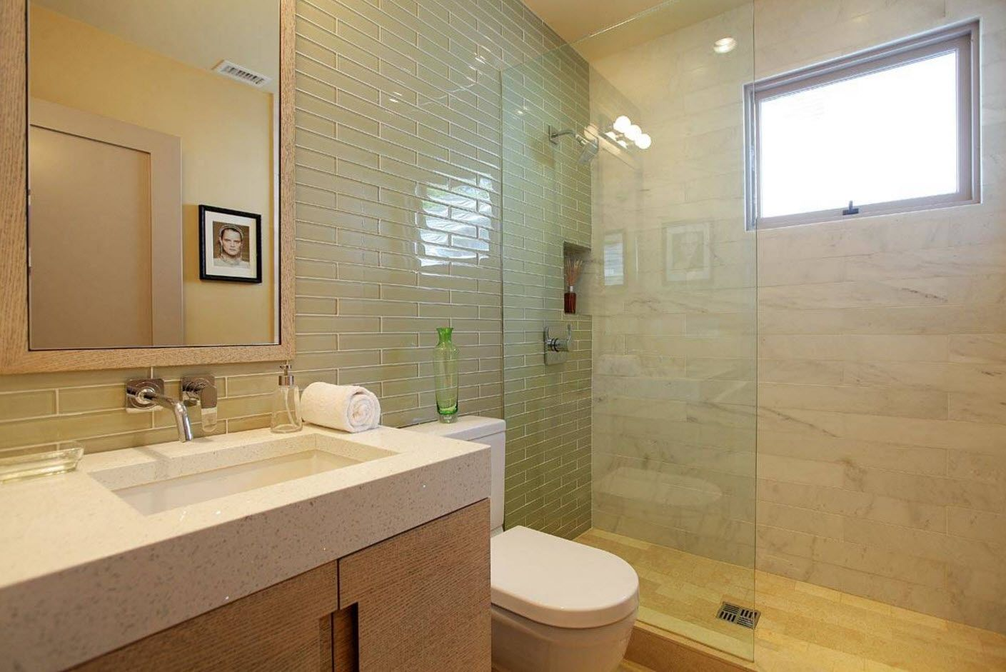 Nice modern bathroom example