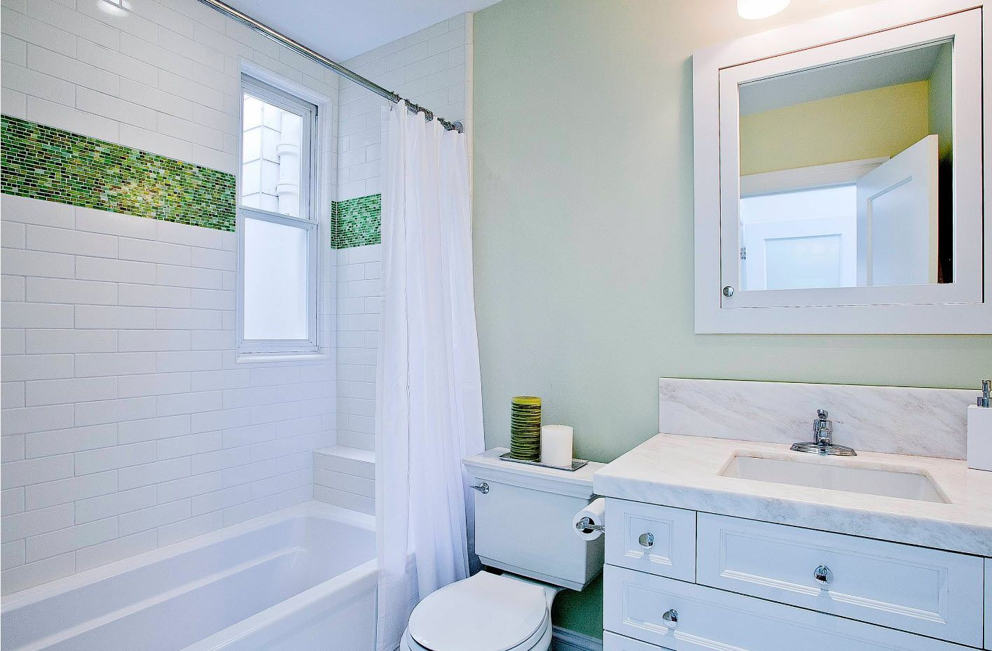 White neat functional bathroom