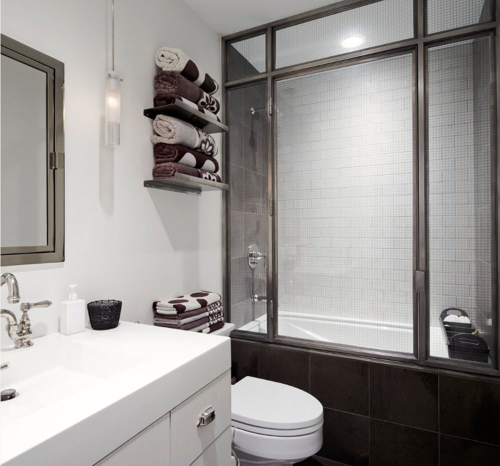 Lightweight design in the modern bathroom space