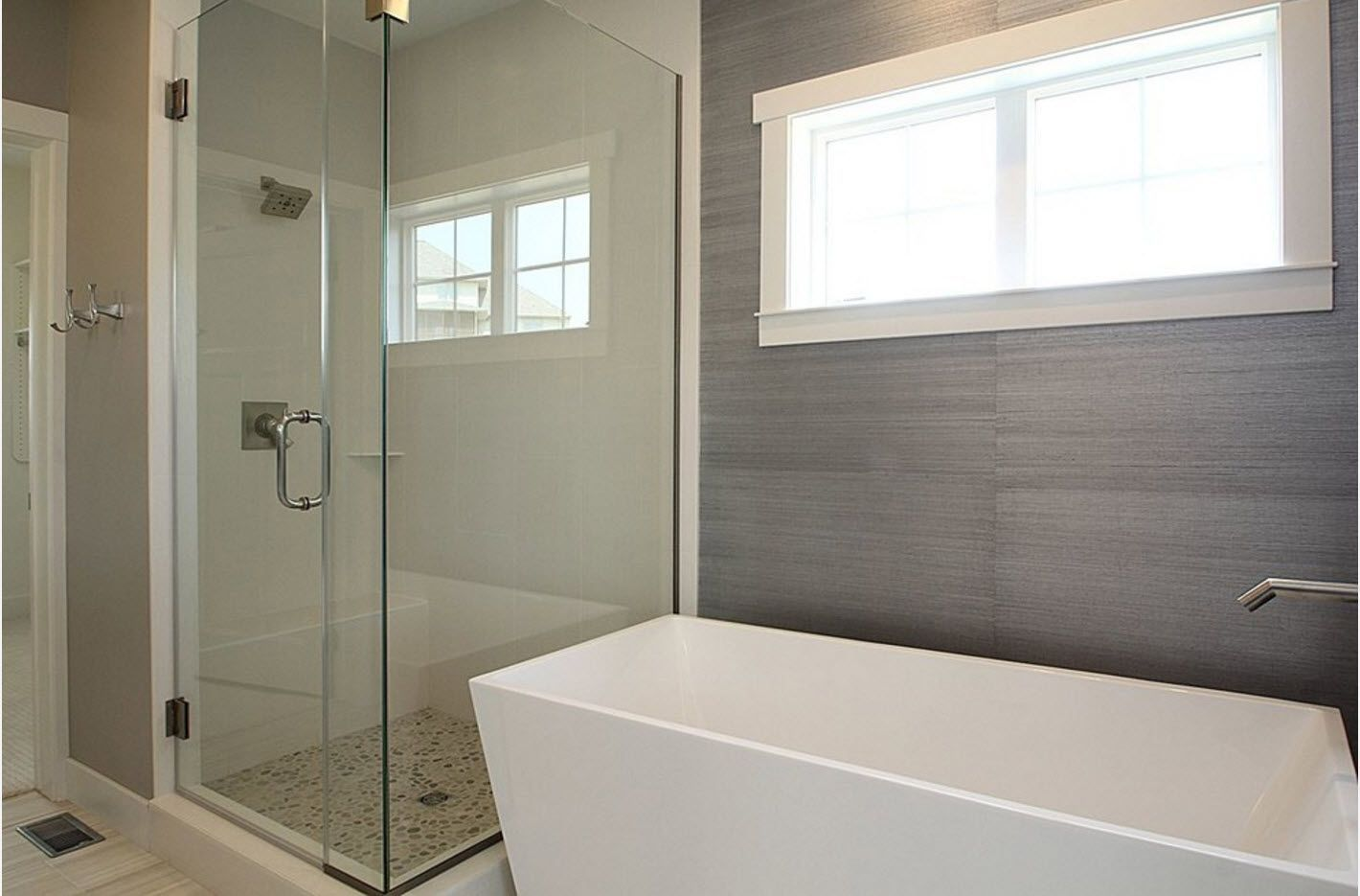 Steel gray color tile slabs for finishing and squared bathtub