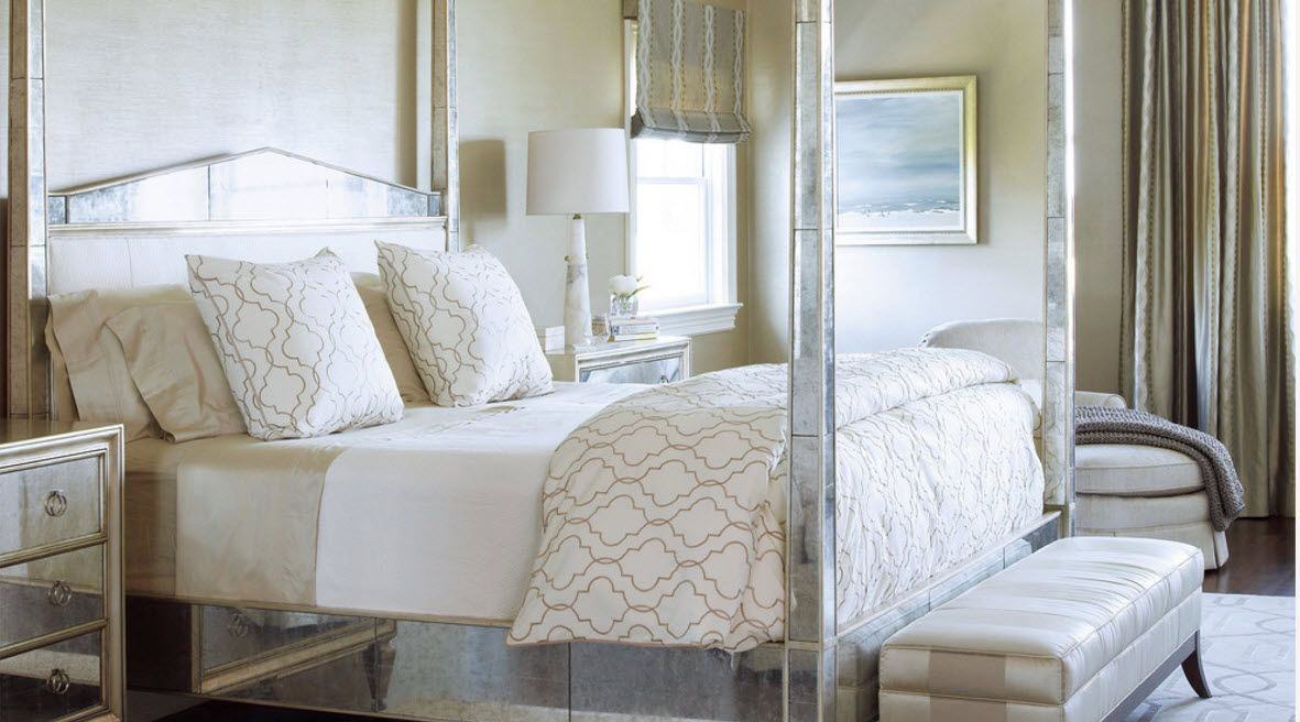 White and gray combination of the calm bedroom's atmosphere