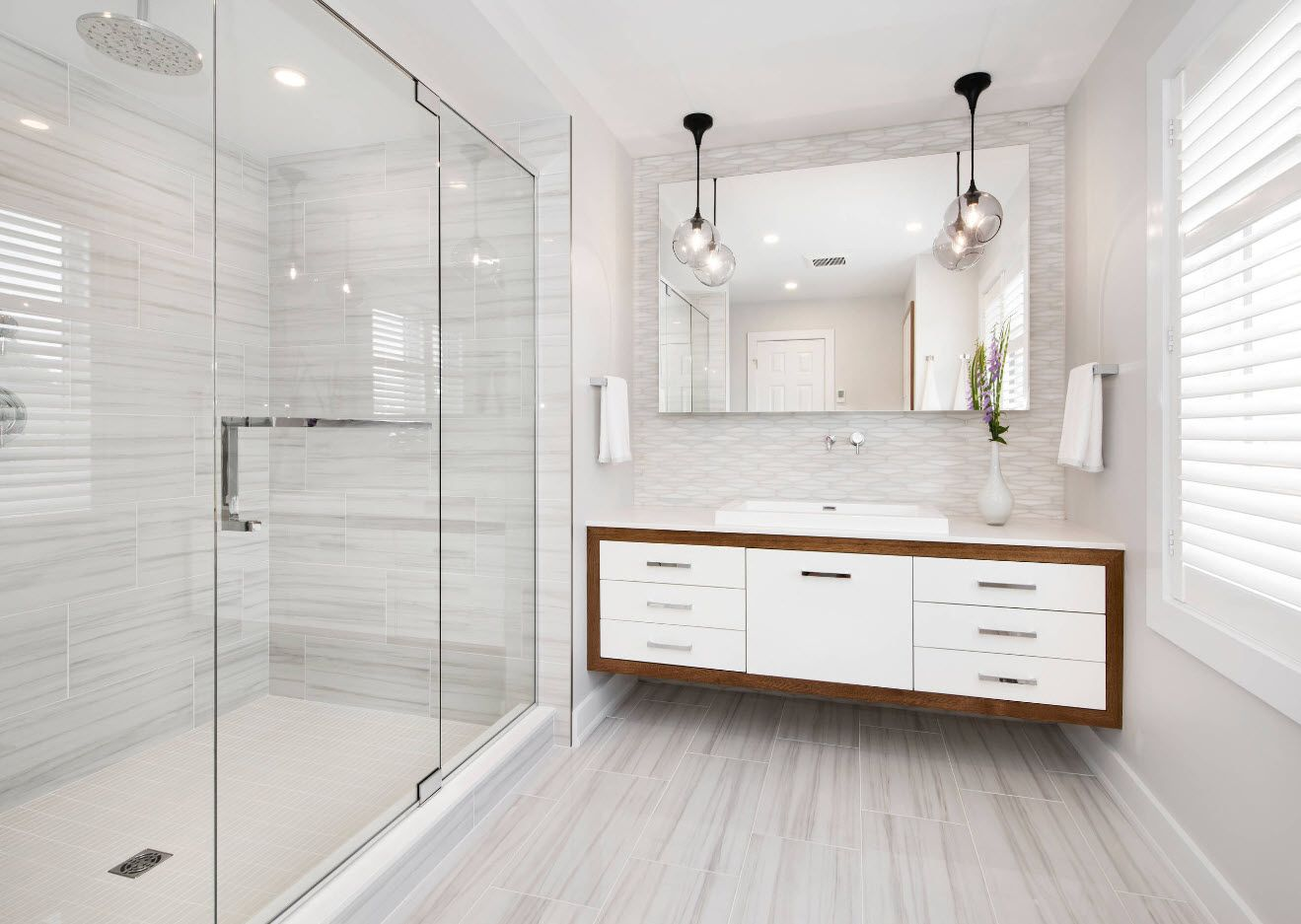 White finish and wooden trim for the modern bathroom 2017