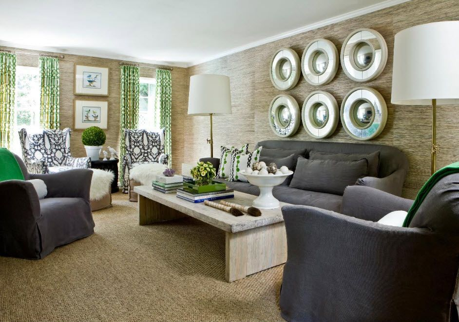 Large plates in the wall to decorate the spacious classic living room with floor lamps