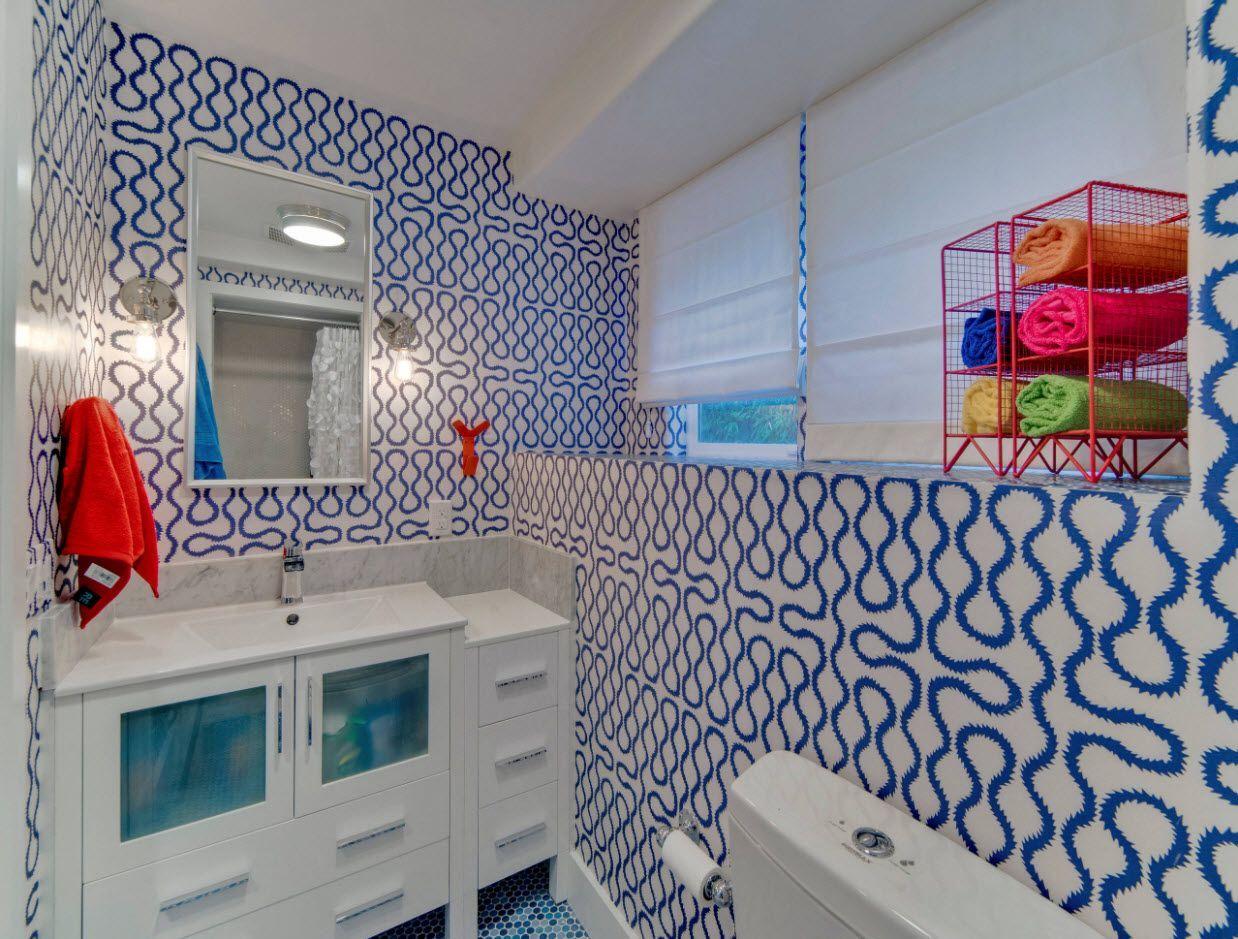 Peculiar blue tile design
