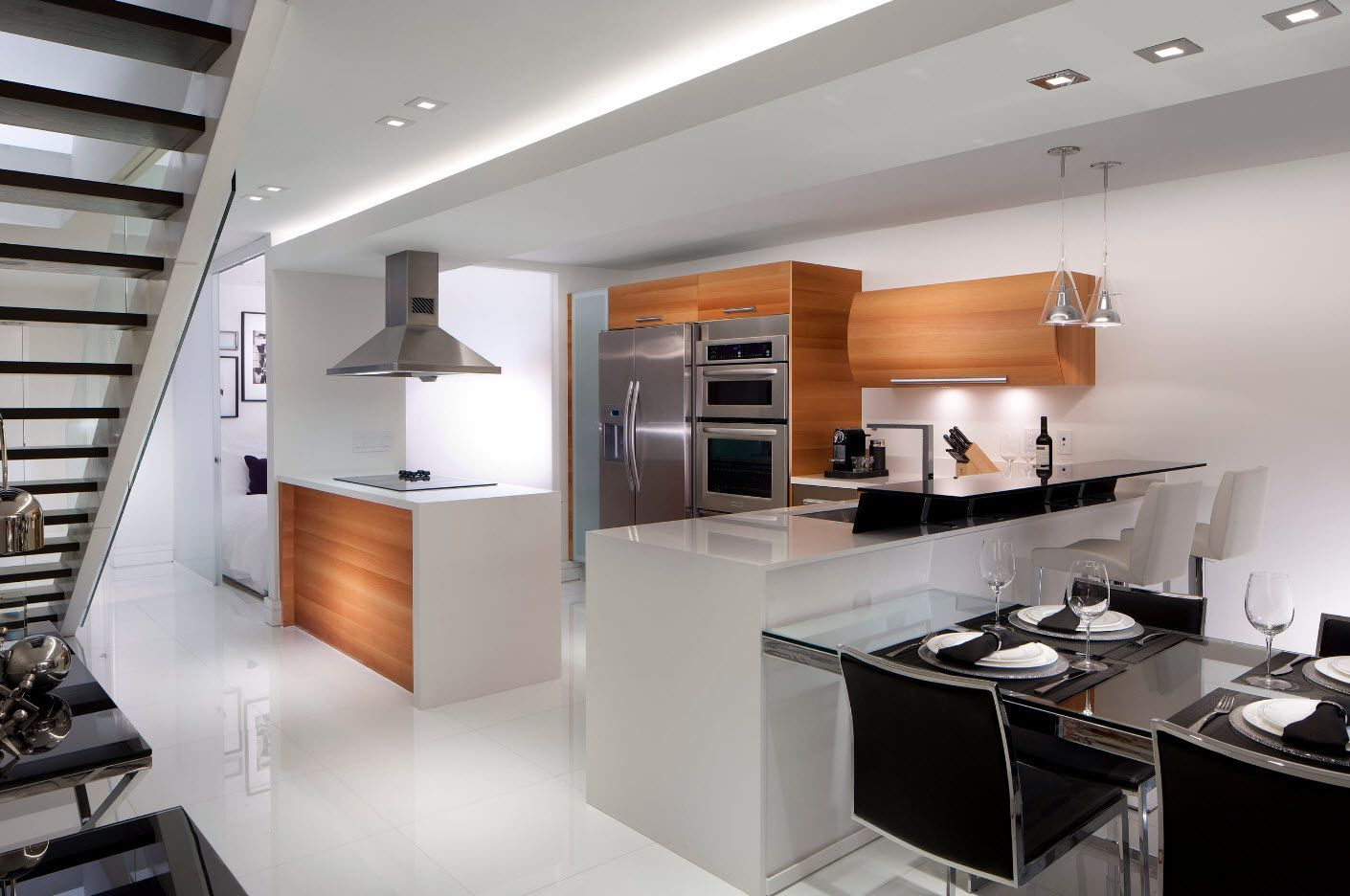 Light wooden surfaces in the kitchen 2017 for light interior dilution