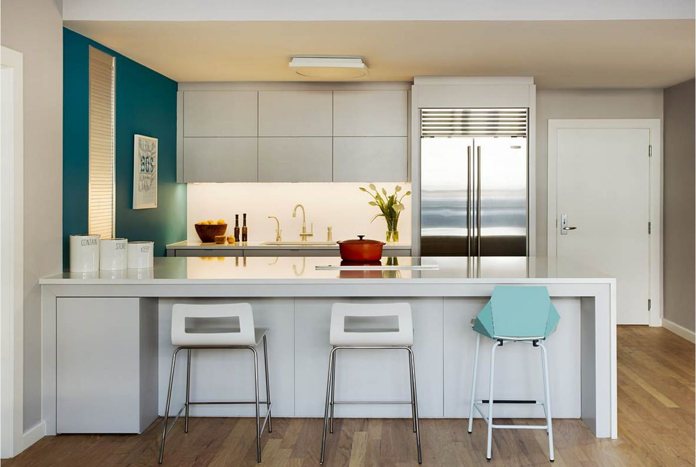 Many color accents within one ultramodern kitchen