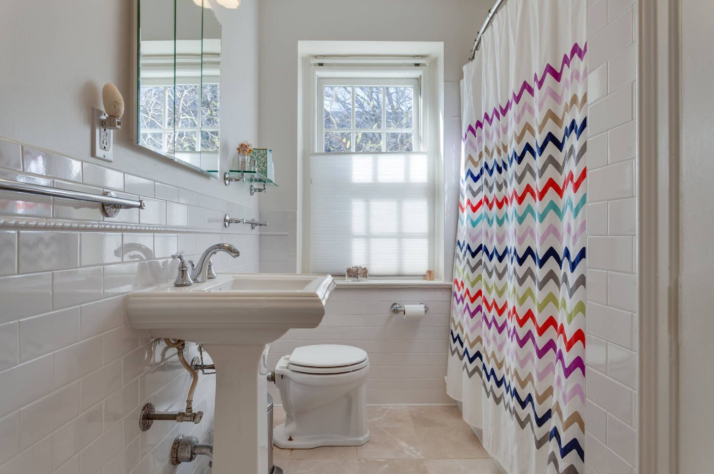 Small Bathroom Interior Space Optimization Ideas & Layout Photos 2017 rainbow at the bath curtain