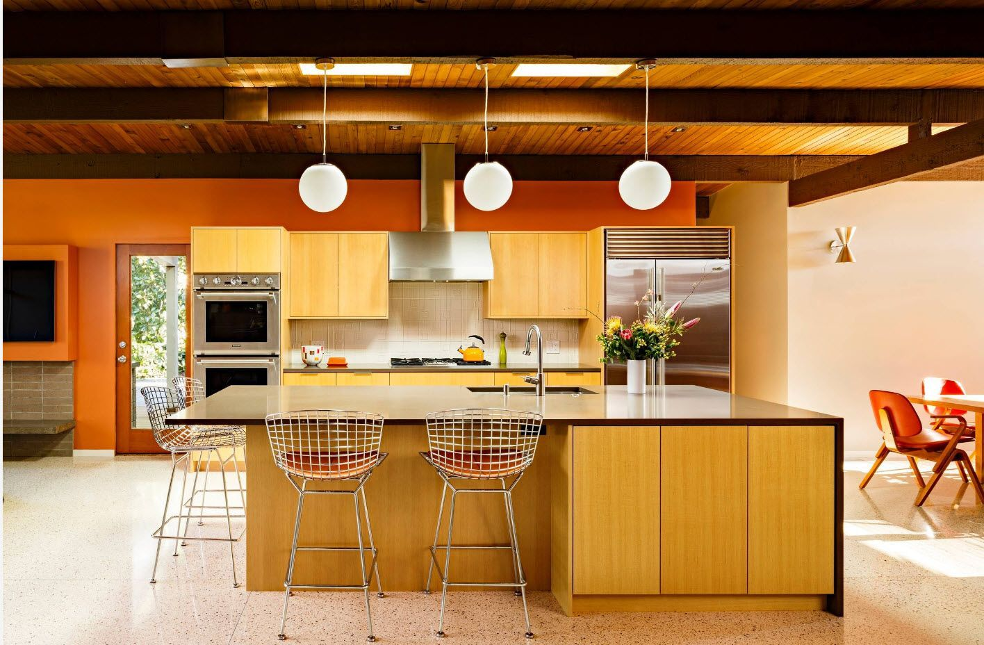 Bright vivid kitchen design 2017 with yellow and dark color palette