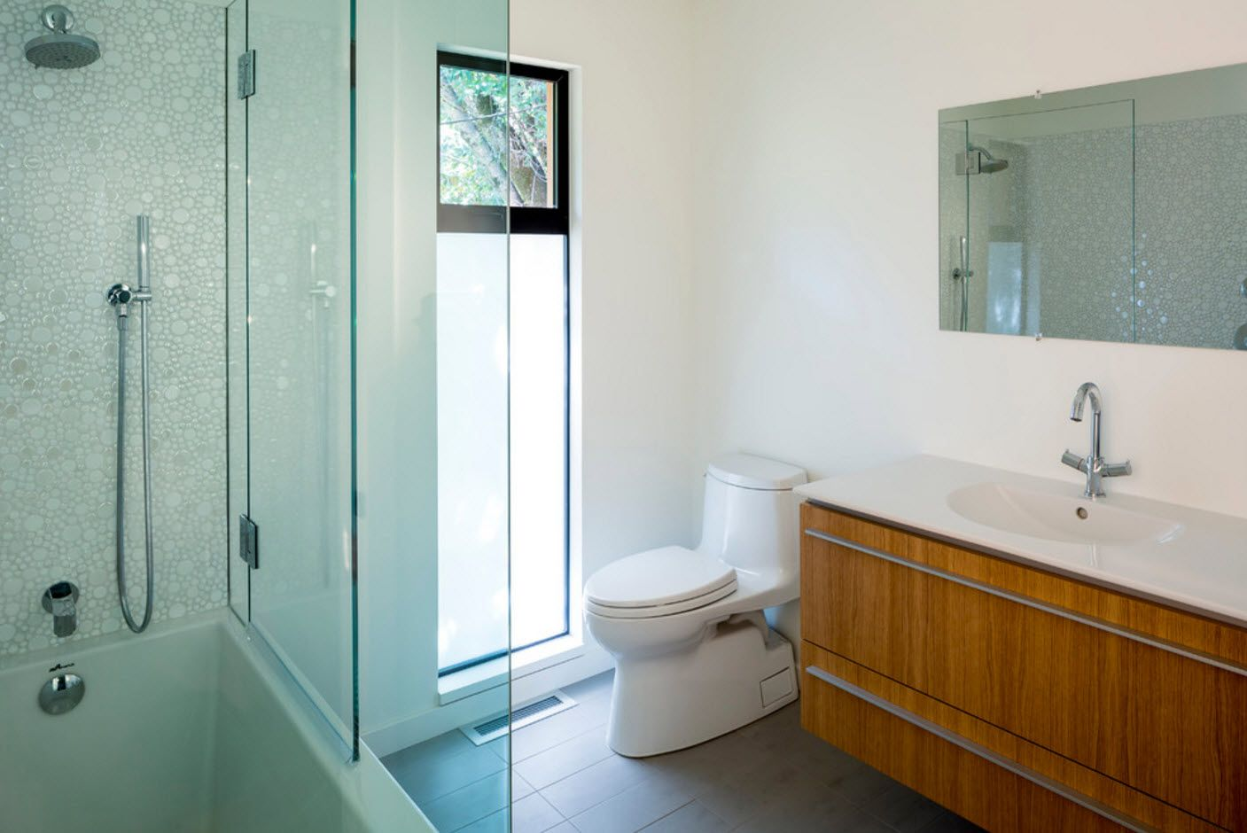 Yellow wooden surface brings not of rusticality to the interior of the bathroom 2017