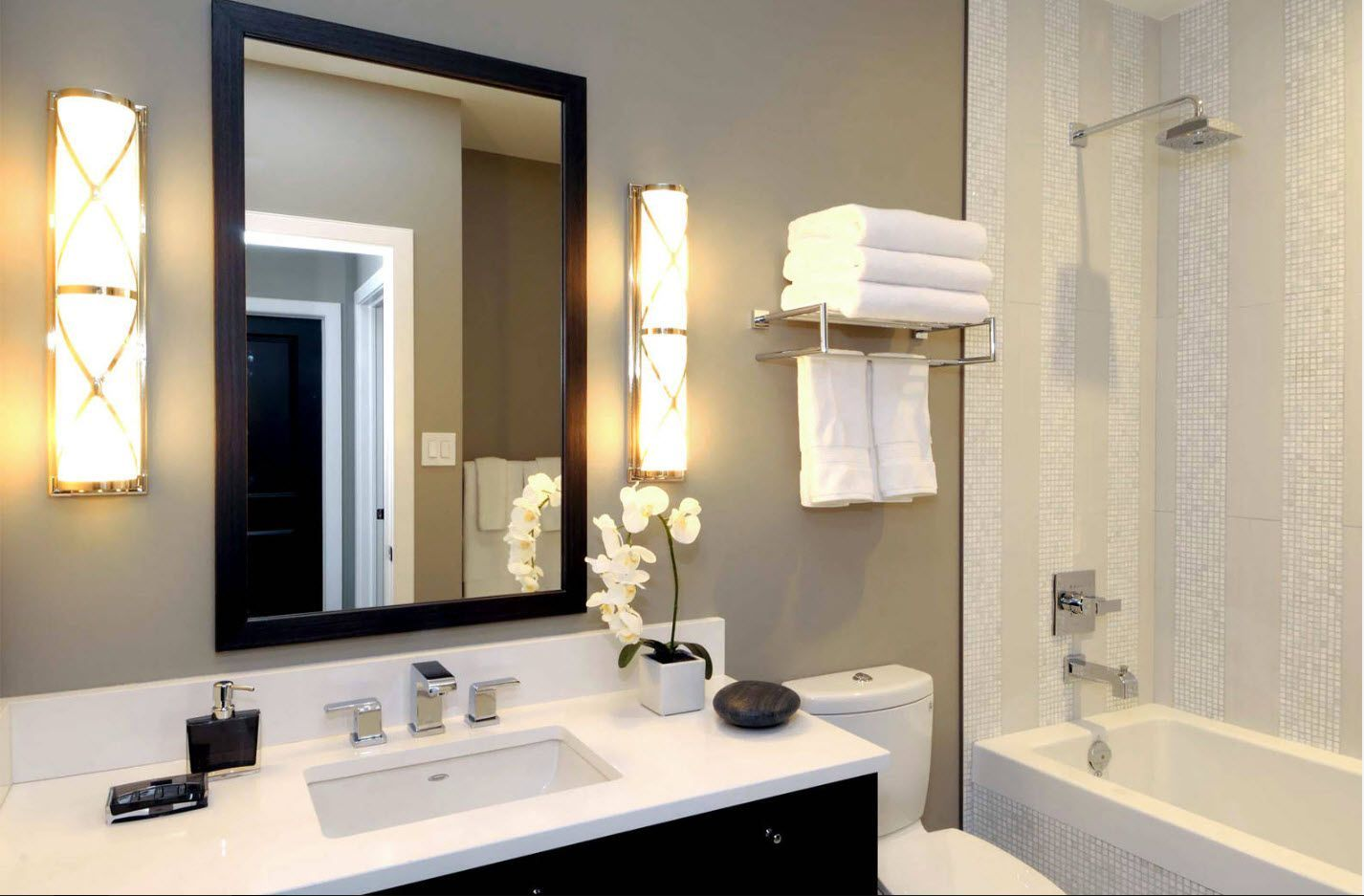 Gorgeous gray accent wall in the bathroom