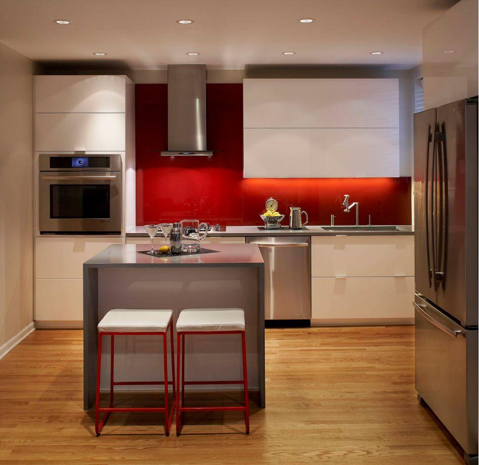 Apartment Interior Design Inspiration Ideas & Trends 2017. Yet another wooden trim for kitchen floor