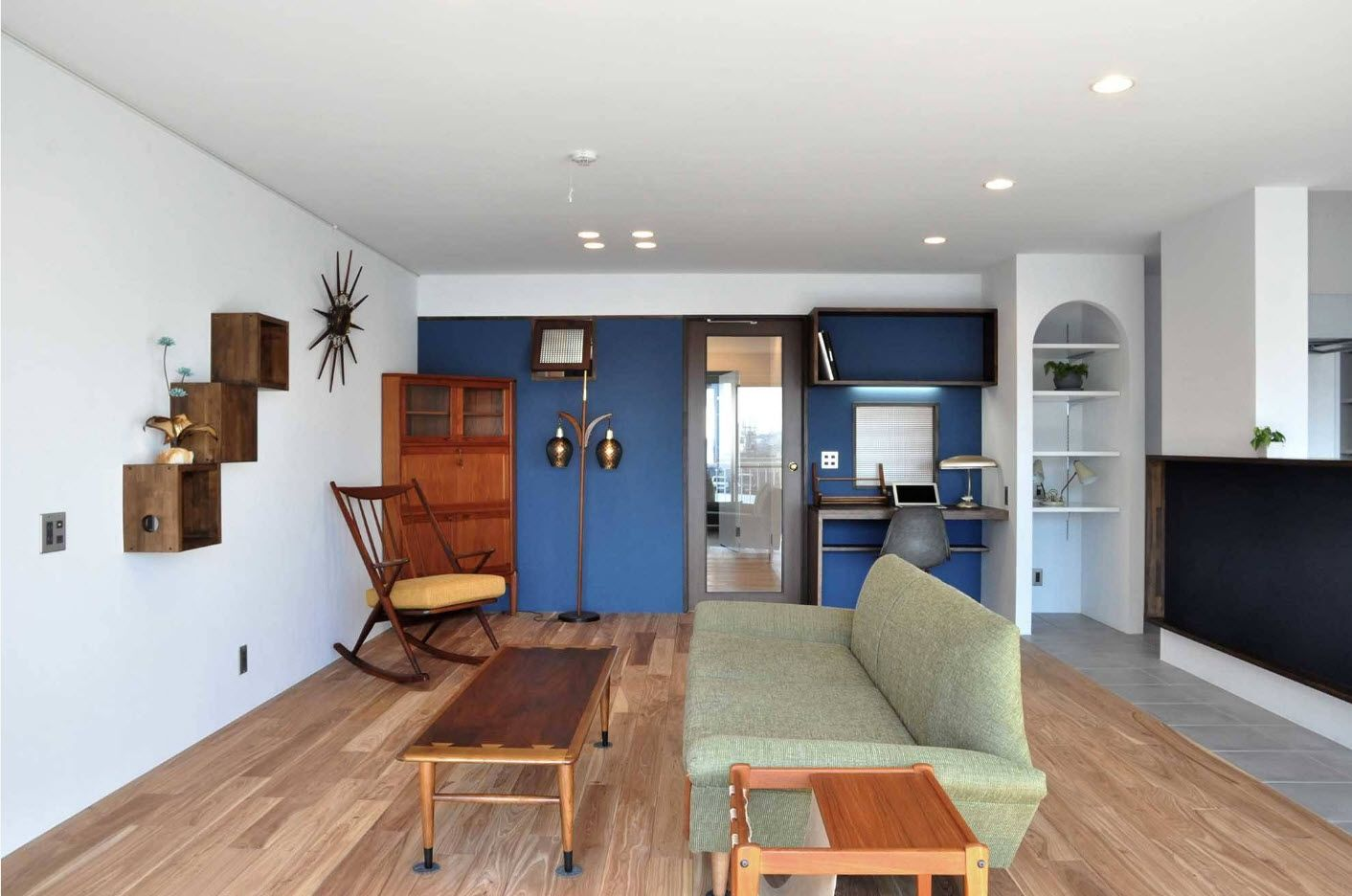 Blue design ideas for spacious multifunctional living room