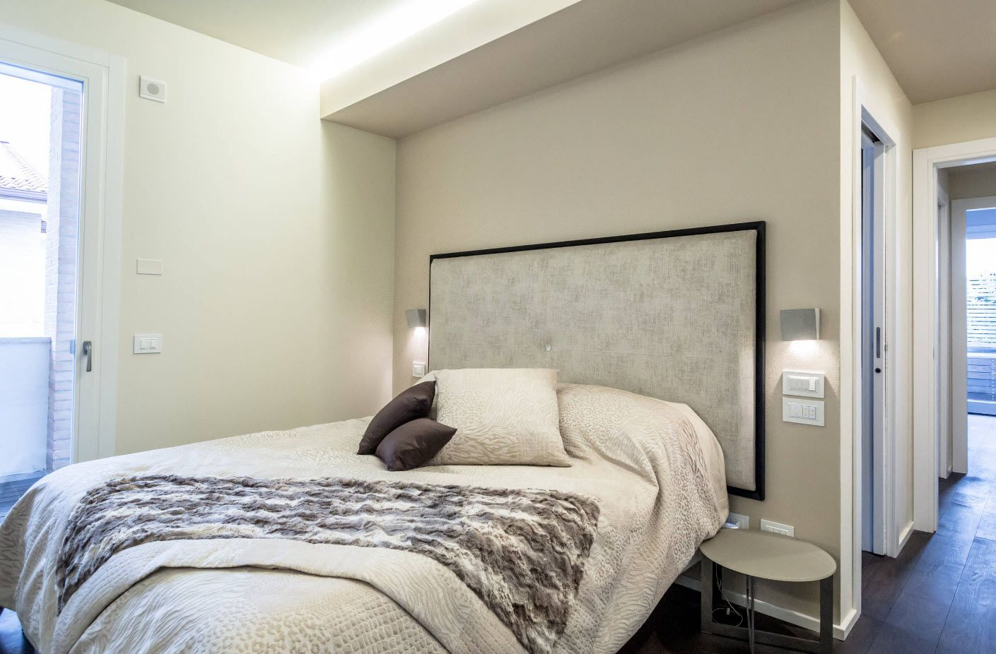 uphosltered headboard contributes to atmosphere