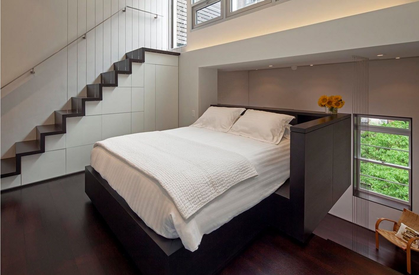 Apartment Interior Design Inspiration Ideas & Trends 2017. Open layout studio with bed space near the stairs