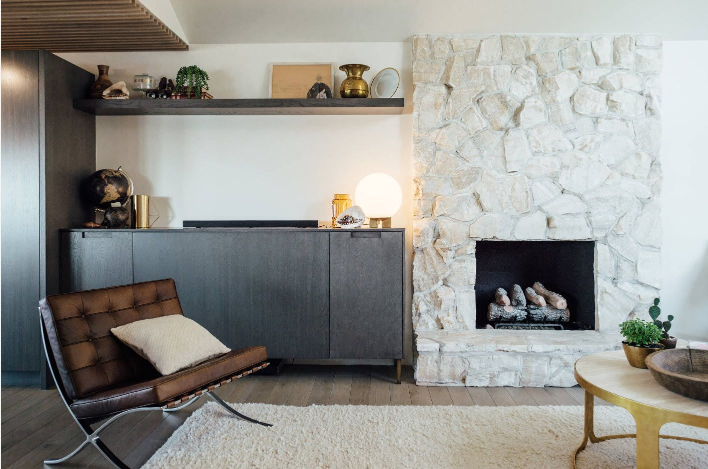 Touch of eco style in minimalistic white interior