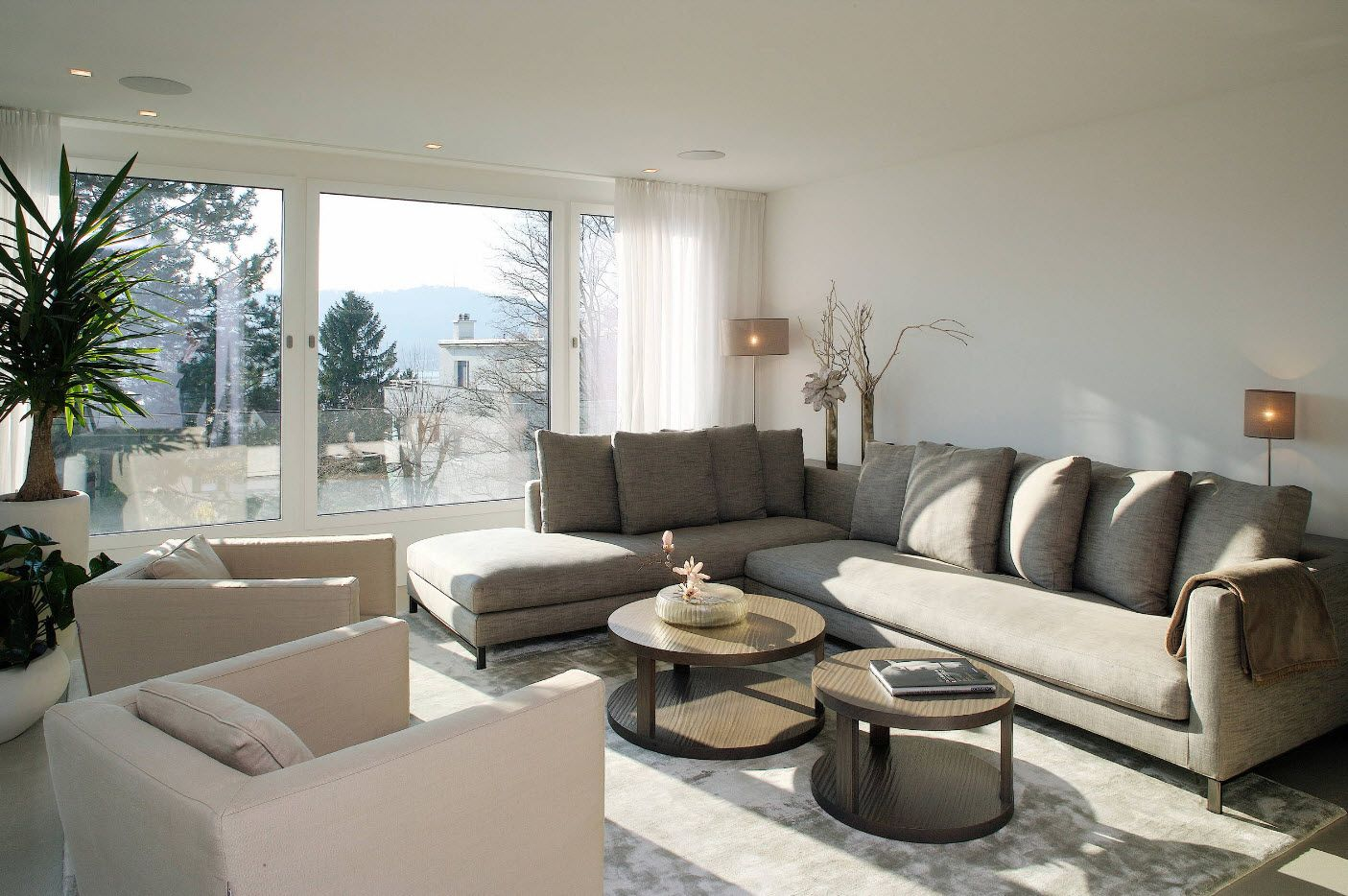 Gray idyll in the spacious Classic styled interior
