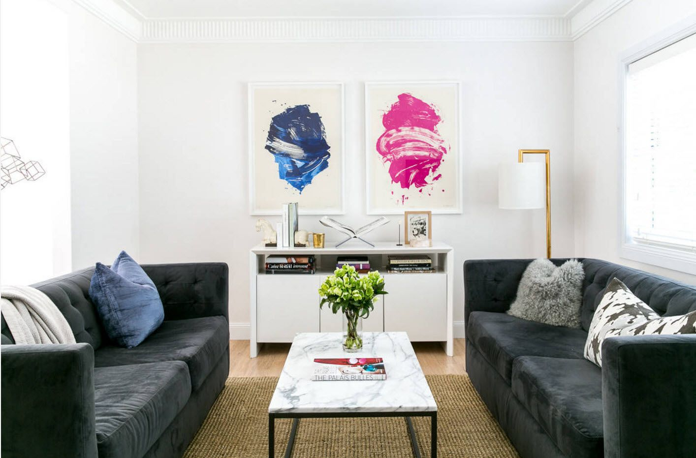 Blue and pink Yin Yang pictures at the modern sitting