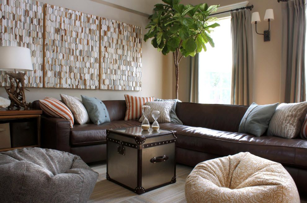 Shabby-chic interior decoration with chest-box instead of coffee table in the focal center