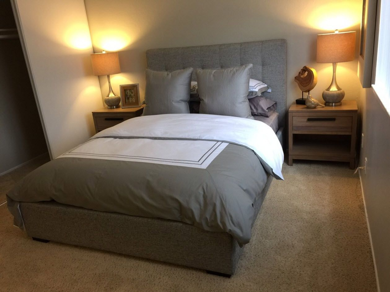 Relaxing steel gray bed linen
