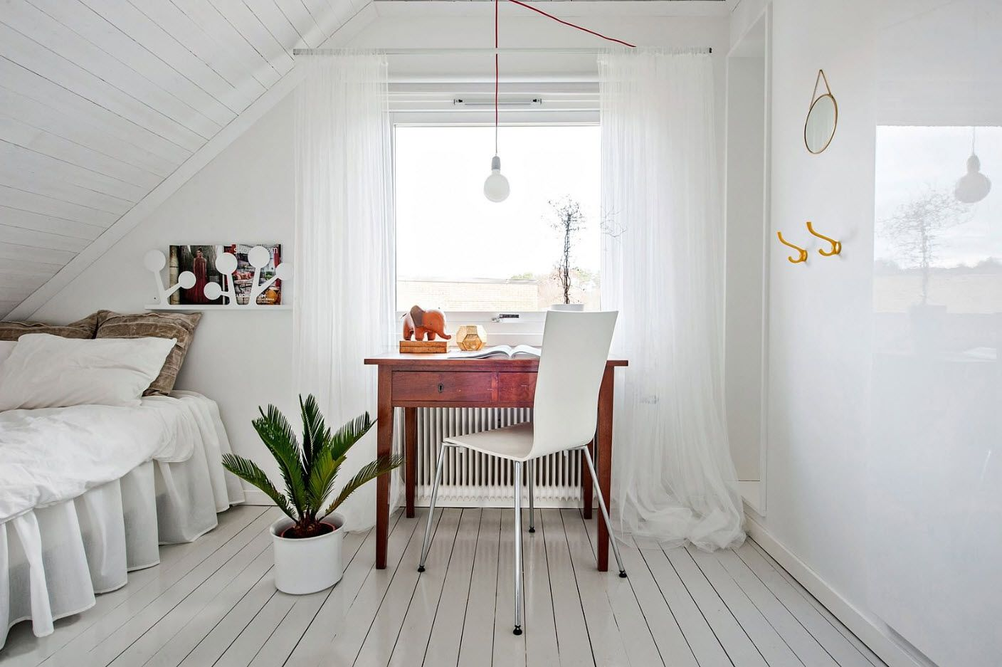Modern Bedroom Interior Decoration & Design Ideas 2017. Typical Scandinavian style example in small bedroom
