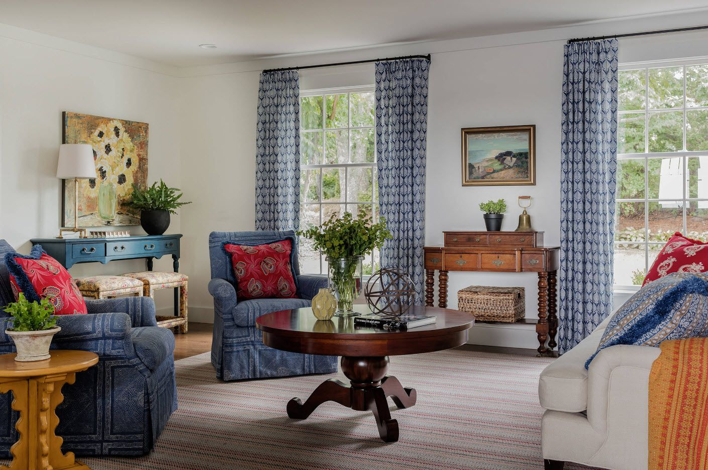 Classic interior with Marine style notes