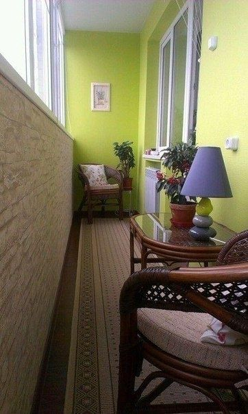 Neat lime smooth wall paint decoration on the narrow balcony