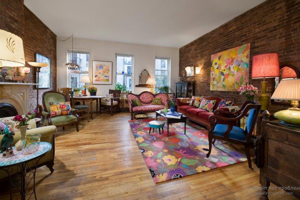 Victorian interior with distinct traits of Pop-art