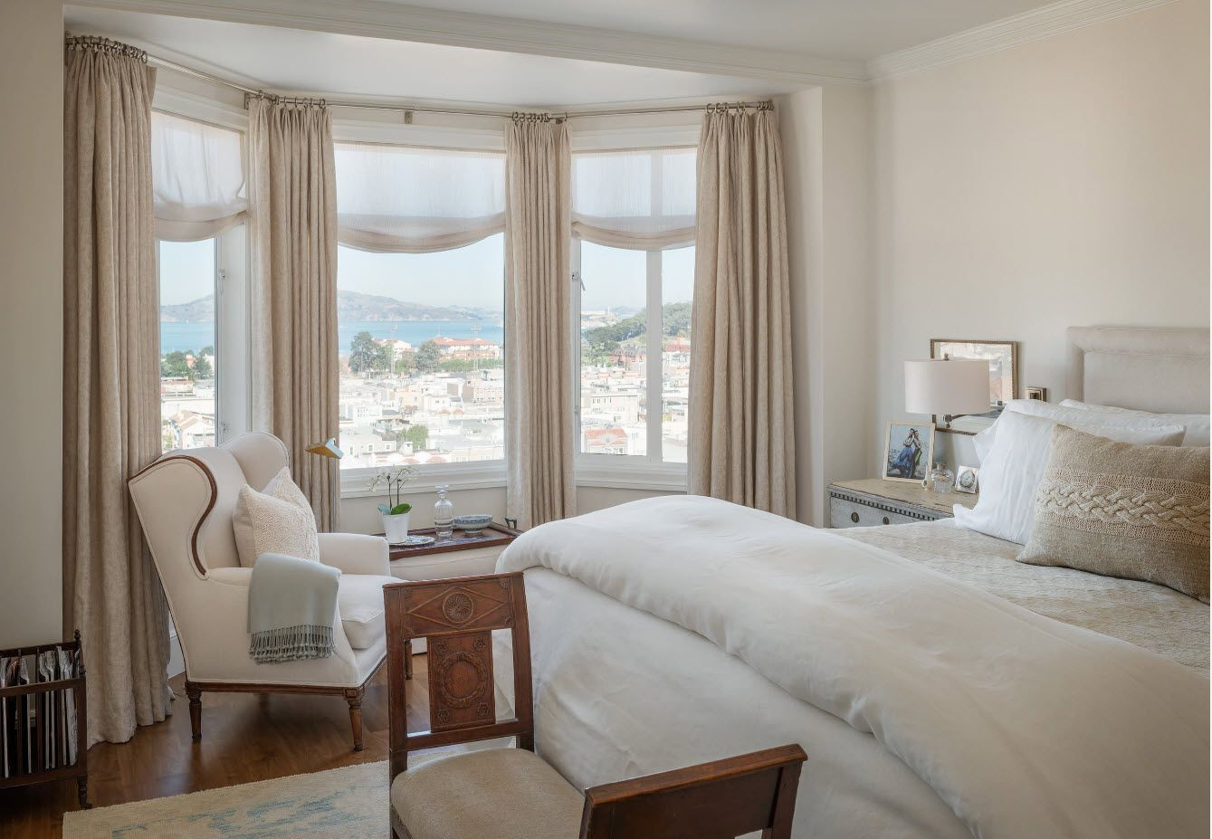 Creamy pastel color palette for seaside private house bedroom
