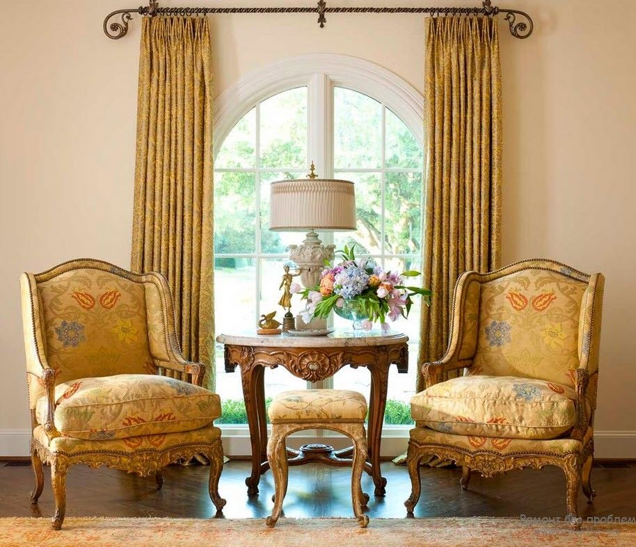 Victorian Interior Design Style. Description, History, Examples and Photos: gorgeous gold and pastel color theme