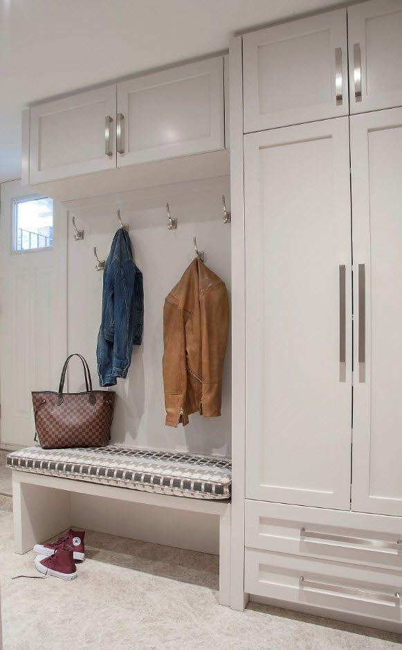 Hallway with hanger and cabinet in white matted paint