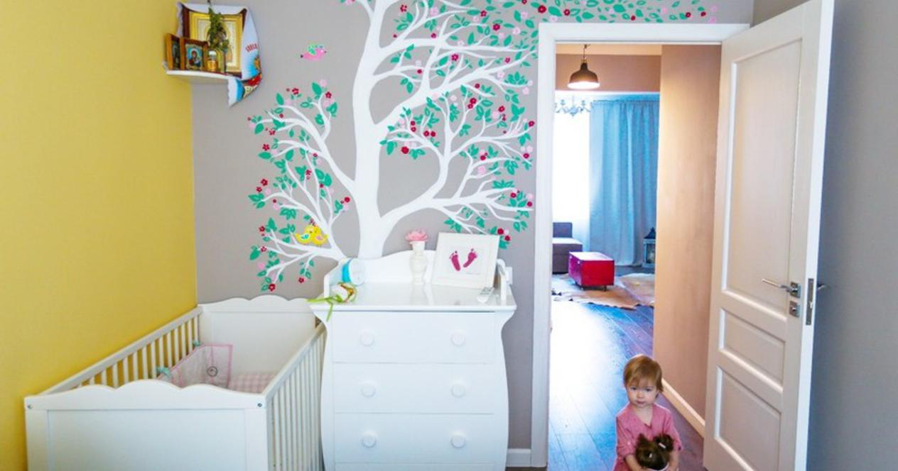 Wall painting in the children's room has many functions