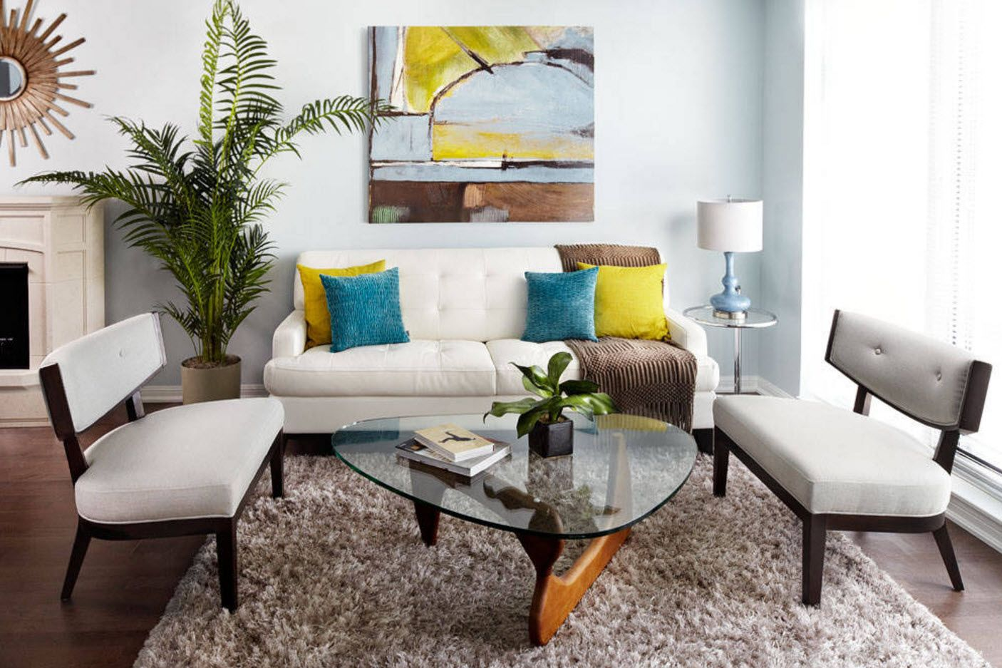 One Bedroom Apartment Design Trends with Photos. Nice glass coffee table on the wooden base