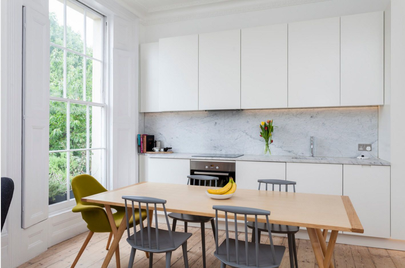 Calm and relazing atmosphere at the Scndinavian styled kitchen